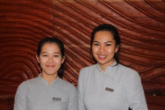 The Boathouse Phuket: meget hjælpsomme piger i receptionen