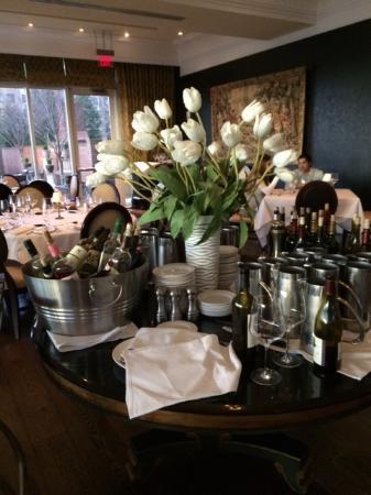 Old Hickory Steakhouse Restaurant: Lovely Atmosphere