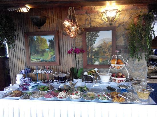Megara Palace Hotel: Breakfast Bouffe