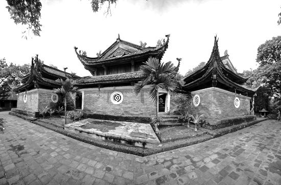 Exotic Voyages: Tay Phuong Pagoda in the outskirts of Hanoi