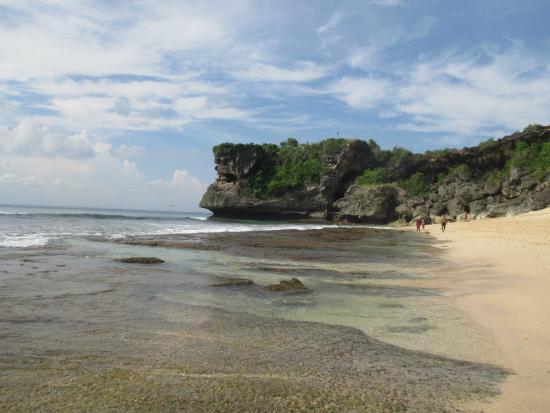 Balangan Beach: Pantai Balangan jika dilihat ke arah Utara