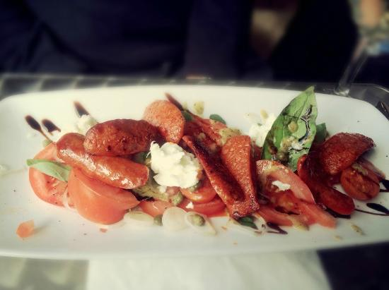 Strawberry Fields Food Emporium: Chorizo Salad from the Specials Board - April 2015