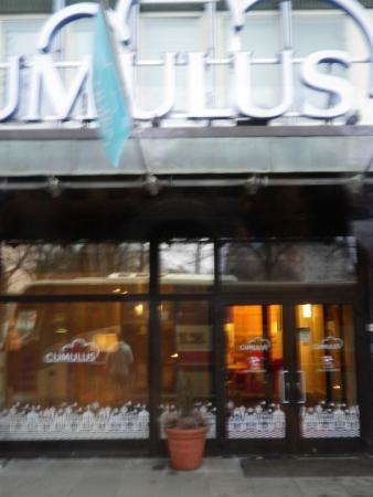 Cumulus Kallio Helsinki: ホテルの玄関
