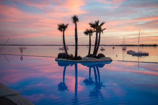 Botel Alcudiamar Hotel: Sonnenuntergang (beliebtes Motiv)