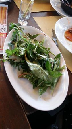Capo Nero Tavern: insalata orribile piena di spine