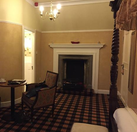 Chambre picture of tulloch castle hotel dingwall for Chambre 13 paranormal