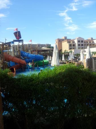 Coral Sea Aqua Club Resort: aquapark