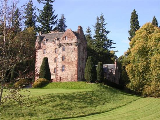 Strathpeffer, UK: getlstd_property_photo