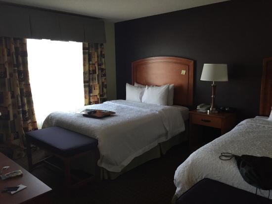 Hampton Inn & Suites Moline-Quad City International Airport: 2 Queen room - HUGE room