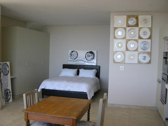 Camps Bay Studio Guesthouse