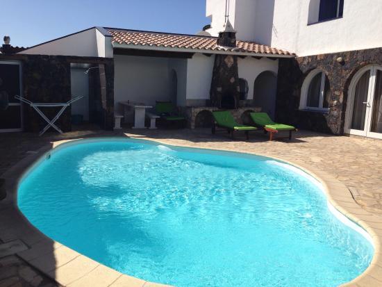 Sunwave Surfcamp Fuerteventura: Quiksilver Surfschool Fuerteventura Private Tours & Classes
