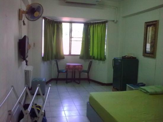 R.C.N. Court & Inn : room