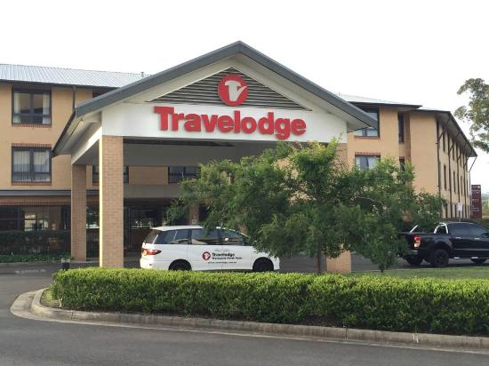 Travelodge Hotel Macquarie North Ryde: Hotel Exterior