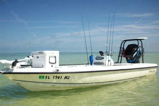 Holiday, FL: Our inshore boat - a 19ft Action Craft