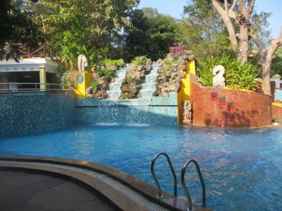 "Shanti Morada: Pool - cold... or shall we say ""refreshing"""