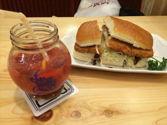 Komeda Coffee, Ikebukuro Nishiguchi: Pork Cutlet sandwich