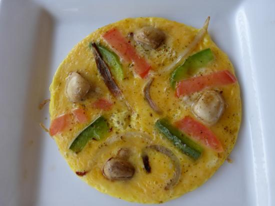 Mountain View Lodge Montagu: My omelette was delicious.