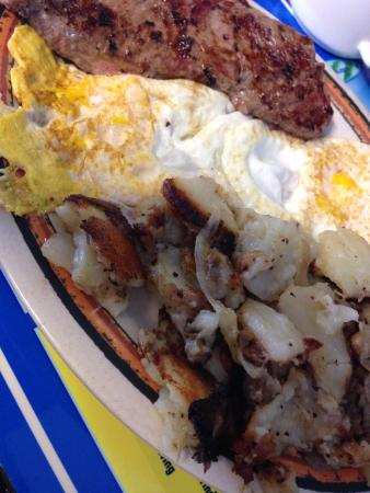 Bob's Grill: Steak, eggs and hash browns