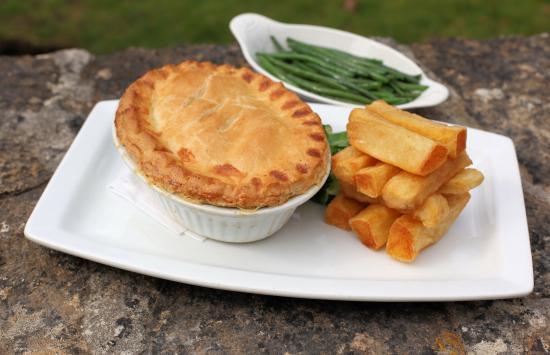 Inn For All Seasons Restaurant: Wednesday night Special Pie