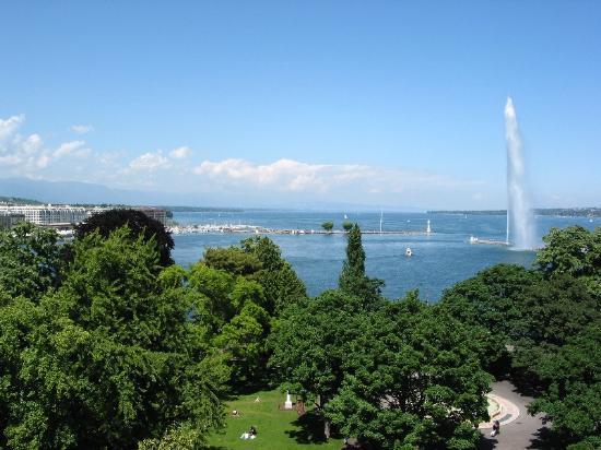 Hôtel Métropole Genève : View from the terrace