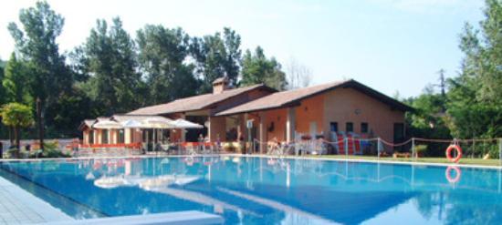 Cascina Ca Bella : piscina convenzionata