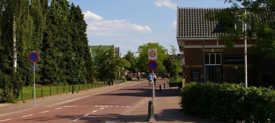 Twello, Pays-Bas : Het mooie oude Stationskoffiehuis tegenover het NS Staation