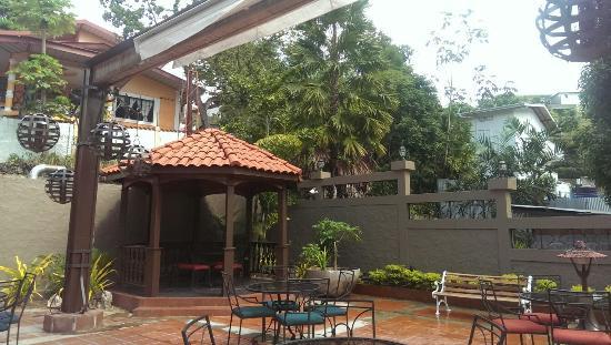Kapok Hotel: Pool Terrace