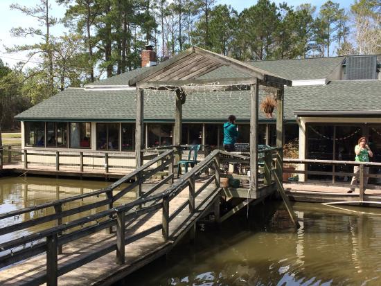 Blue Pete's Restaurant: Outside deck