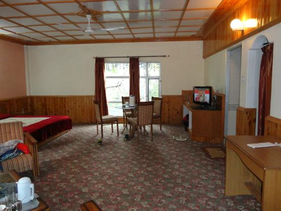 The Club House - HPTDC: the suite
