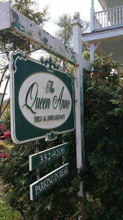 The Queen Anne Bed & Breakfast : Welcome Kings and Queens to the Queen Anne!