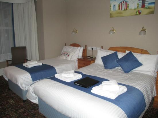 Grosvenor Guest House: Family Room for 3 (or 4 with an extra bed) - En-suite