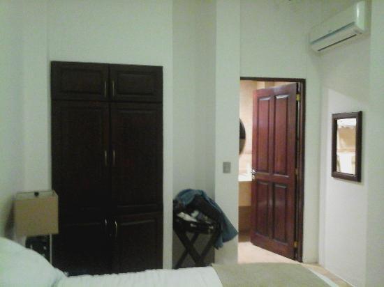 Hotel Casa Las Mercedes: Vista al entrar a la habitación