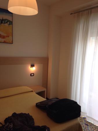 Hotel Torre di Milo: Camera con balcone