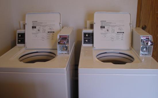 Heceta Beach RV Park: New Washing Machines