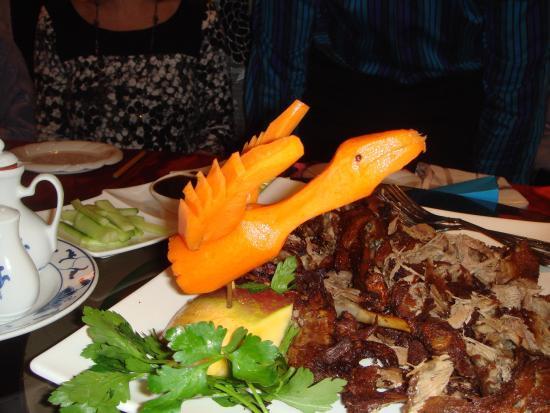 Cathay Garden: Delicious Peking crispy duck beautifully presented.
