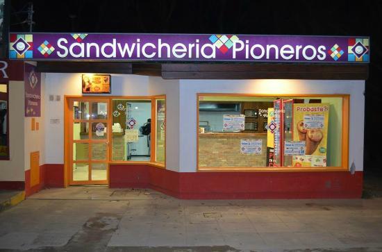 Sandwicheria Pioneros