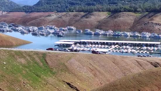 Lake Oroville State Recreation Area : Bidwell Marina on April 5, 2014 from behind Camphost site.