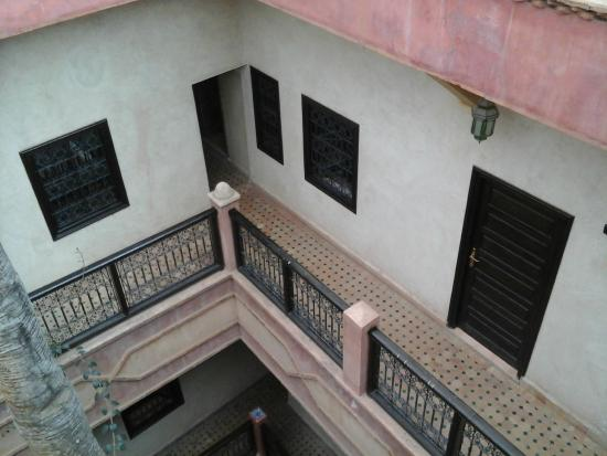 Hotel Cecil Marrakech: inner courtyard