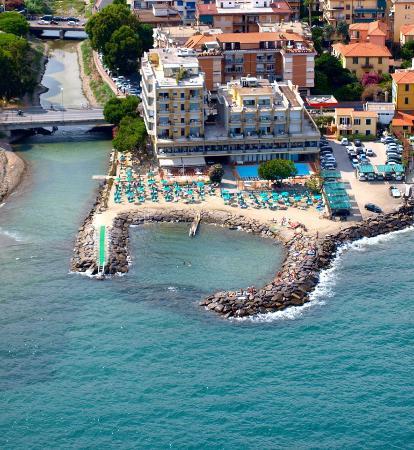 Bellevue et Mediterranee: Foto panoramica dall'alto.