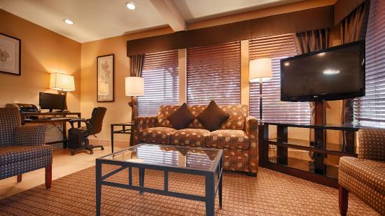 Best Western Cordelia Inn: Hotel Lobby
