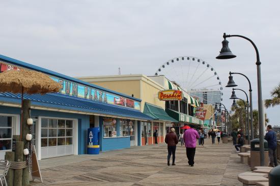 Myrtle Beach Boardwalk Promenade Shops Along The