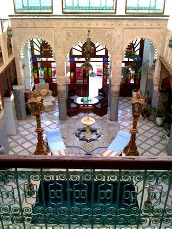 Riad Arabesque: Pool area