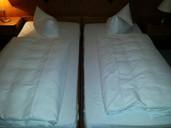 Seaside Residenz Hotel: Leider eine große Lücke zwischen den Matratzen