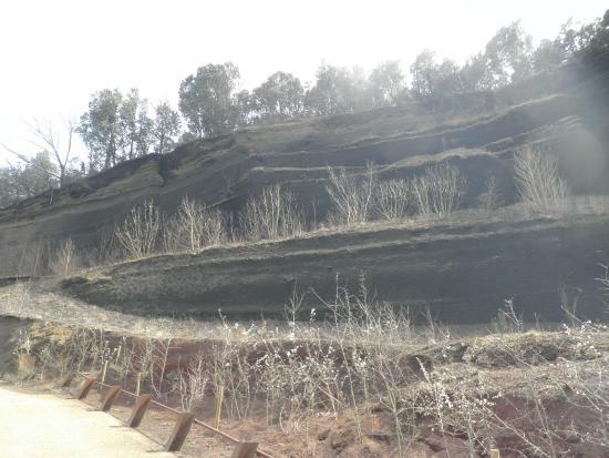Parque Natural de la Zona Volcánica de la Garrotxa: Volcán