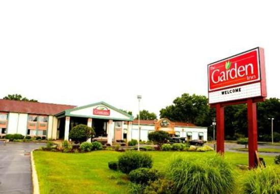 The garden inn updated 2017 hotel reviews price comparison elkhart in tripadvisor for The garden inn elkhart indiana