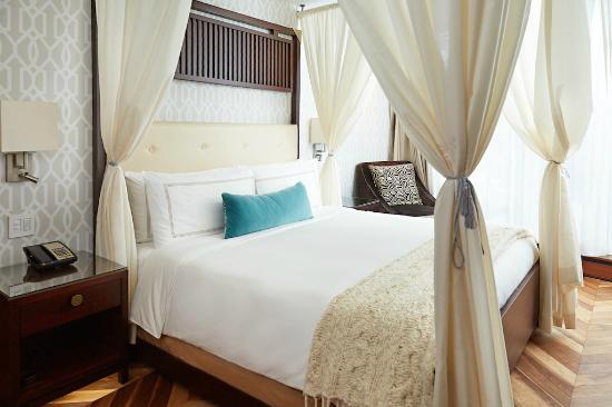 Shangri-La Hotel Toronto: Garden Suite - Bedroom