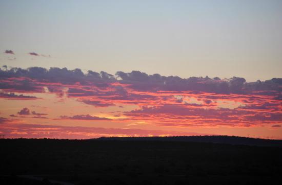 Addo Rest Camp: African sunrise