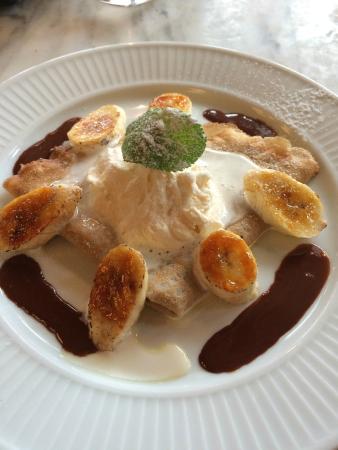 Cote Brasserie - Reading: Praline crepe with caramelised banana!