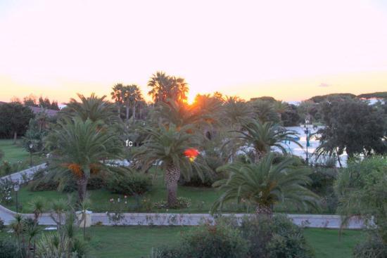 Club Hotel Marina Beach: alba  dalla  camera