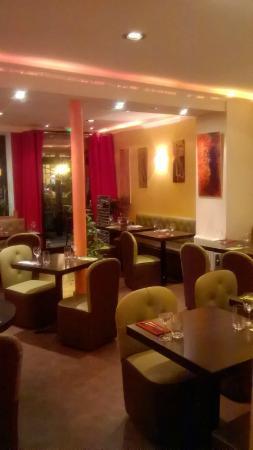 restaurant le primus dans la garenne colombes avec cuisine fran aise. Black Bedroom Furniture Sets. Home Design Ideas
